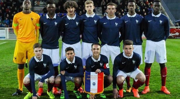 Doublé pour Yacine Adli (PSG) qui donne la victoire à l'équipe de France!
