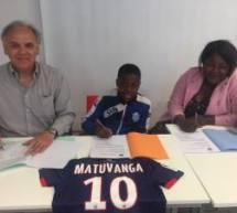 Ronan MATUVINGA (U13-FC Issy les Moulineaux) signe au SM Caen!