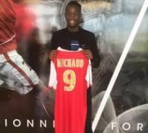 Bryan MICHAUD (CSL Aulnays-U17DSR) signe au Stade de Reims!