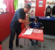 Ali DEMBELE (Le Bourget FC-2004) signe à l'ESTAC!